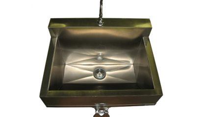 SurgiKleen® Stainless Steel Wall Mount Scrub Sink Interior View
